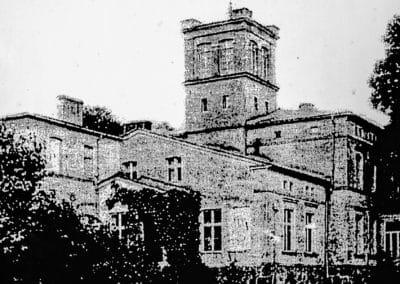Dwór w Klonowie na zdjęciu sprzed 1945 roku