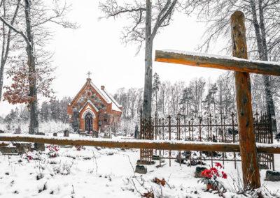 Kapilca i cmentarz w Zajączkach-1