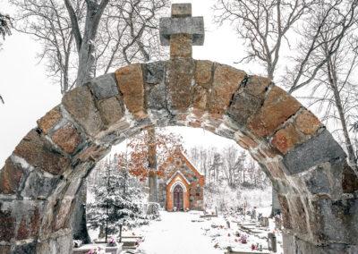 Kapilca i cmentarz w Zajączkach-2