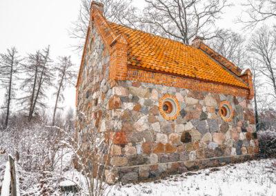 Kapilca i cmentarz w Zajączkach-4