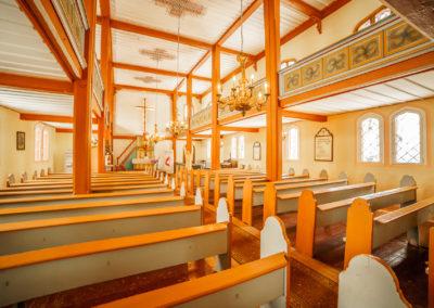Wnętrze kościoła w Kraplewie-1